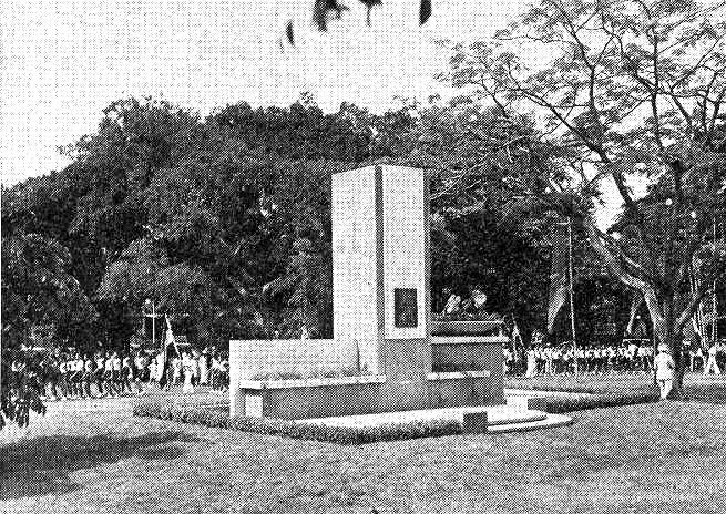 Onthulling monument