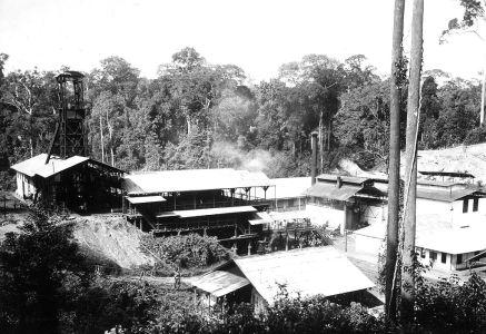 Vooroorlogse kolenwinning in Teloek Bajoer