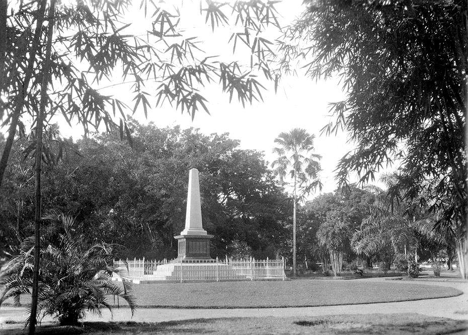 lombok_monument_2