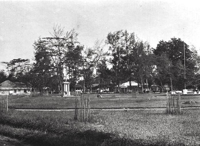 Welsinkpark met Welsink monument